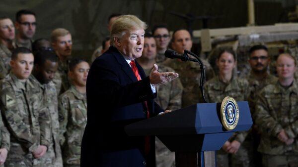 川普感恩节突访阿富汗 传与塔利班和谈好消息