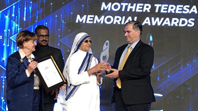 「醫生反活摘器官組織」獲頒社會正義獎