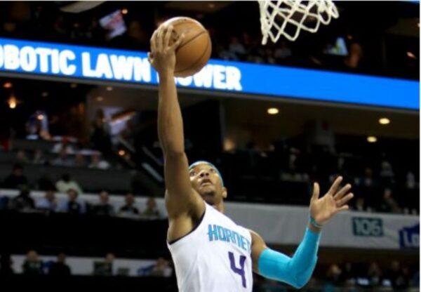 NBA延长赛致胜罚球 黄蜂喜迎三连胜
