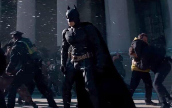 「蝙蝠俠」漫畫疑撐港 「小粉紅」抵制遭嘲諷