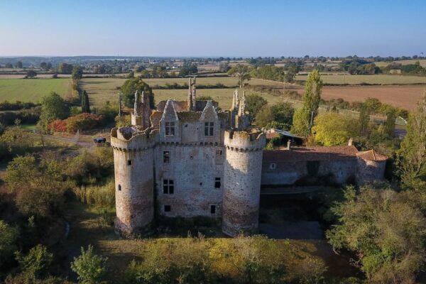 巴黎一套三房公寓价 废置城堡仍乏人问津