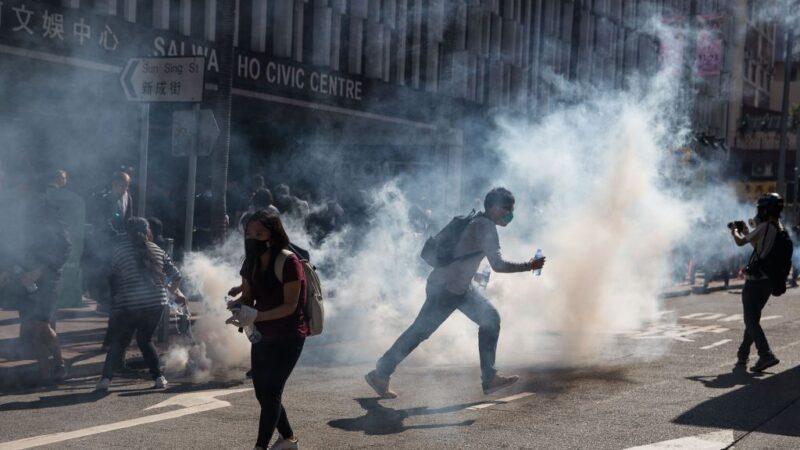 港警開槍引爆大規模動盪 林鄭仍拒絕回應訴求