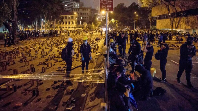 袁斌:镇压反送中是全世界认识中共的活教材