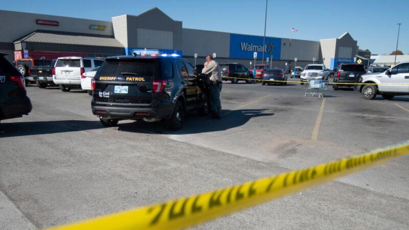 美沃尔玛枪击案酿3死 警:不便描述死者关系