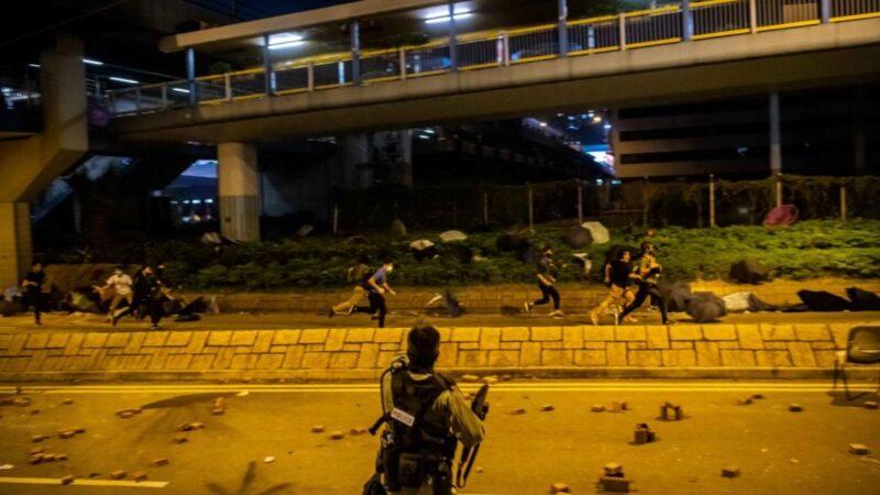 香港理大千人被捕百人留守 部分人声东击西成功突围