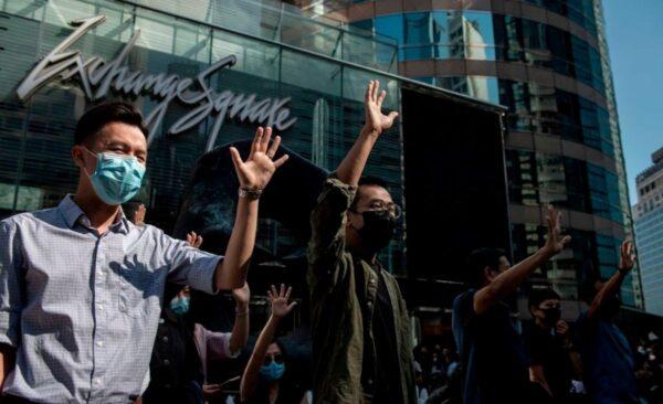 一文看懂:香港史上最重要區議會選舉