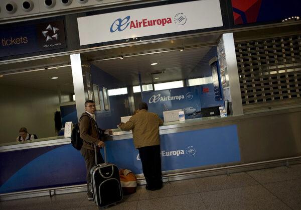 欧罗巴航空机长误传劫机 荷兰机场一度封锁