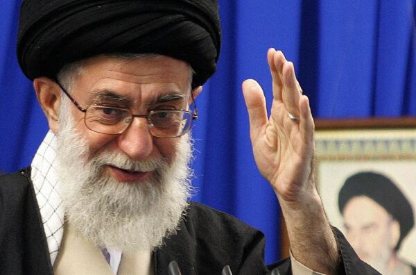伊朗人質事件40年 美國再對哈米尼9名幕僚祭制裁