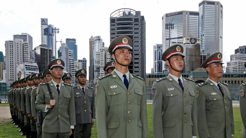 香港选情吓坏中共网军:港警可以准备后路了