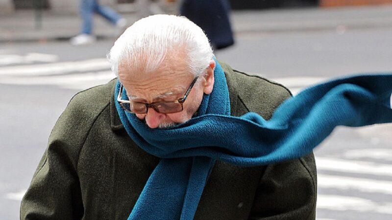 感知速度慢 老人家千万别等冷了才加衣服