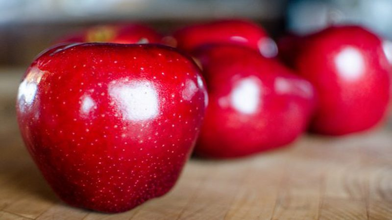 苹果甜不甜,瞄一眼这里就知道,一挑一个准,挑的苹果又甜又好吃!