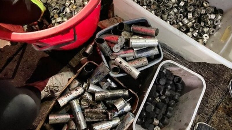 港警强攻中大狂泻火力 遗留2356弹壳近5个月总和