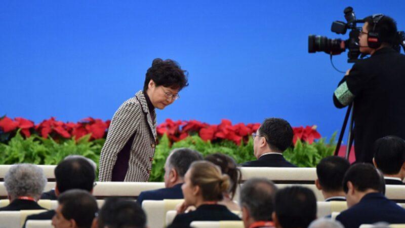 習面授林鄭「最重要任務」 公安部長隨行引猜測