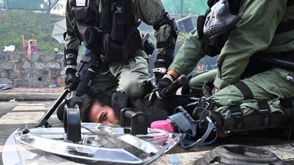 港警暴行 由共匪中央政法委直接指揮 事後再槍斃警察和局長早有先例