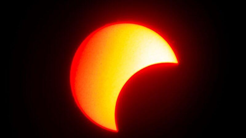 組圖:亞洲各地出現日食 如歷經5小時多