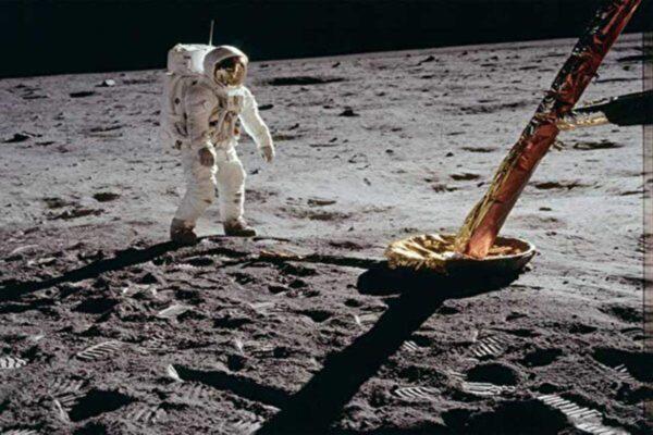 为登陆做准备 NASA发明月球防尘漆