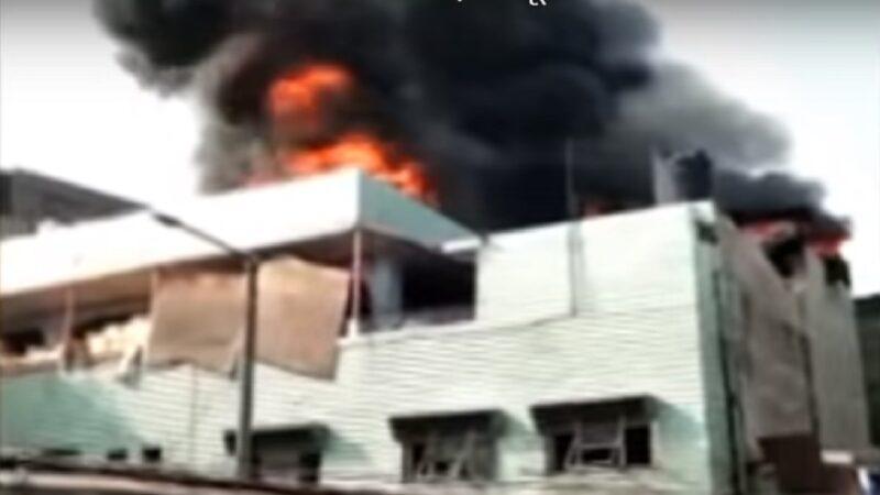 新德里工厂暗夜恶火 地处狭小灭火难至少夺43命