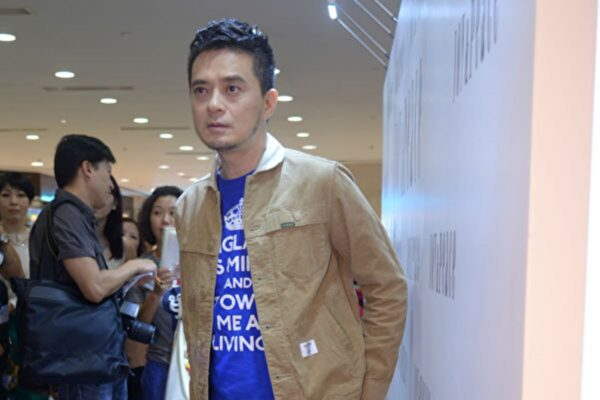歌手黃耀明12.8遊行表心聲:行出香港路