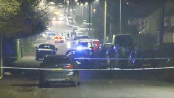 英男蓄意开车撞行人 学童躲避不及1死5伤
