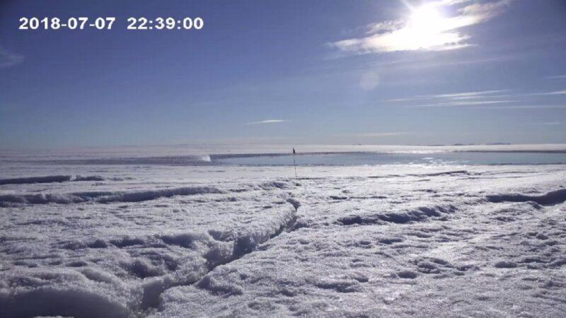 捕捉冰原不同变化 无人机格陵兰岛记录过程