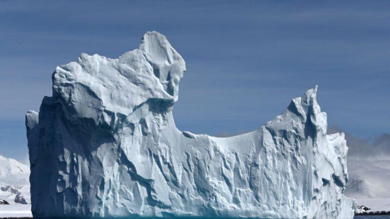 南極冰川下發現世界上最深的陸地峽谷