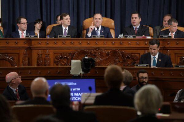 川普民調聲望高漲 反對彈劾案民眾急升