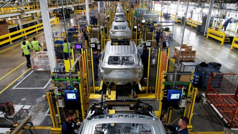 美制造业续萎缩 道指获利了结 跌268点