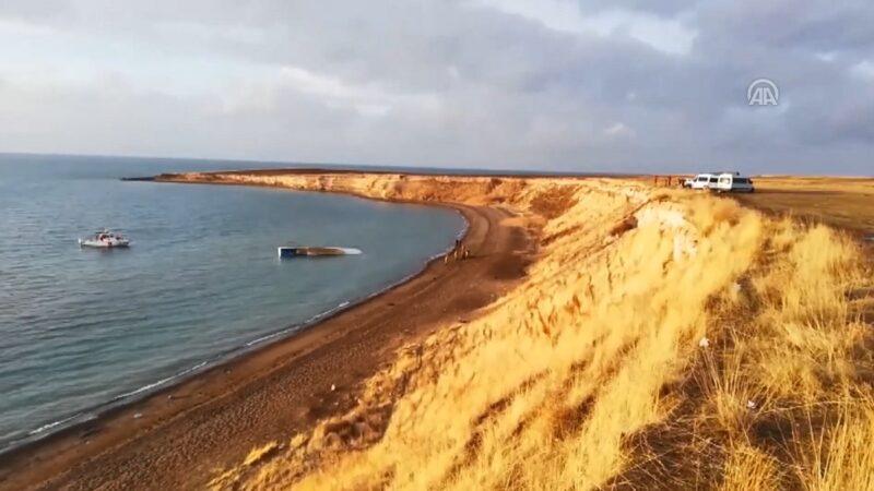 載運移民船隻 土耳其凡湖翻覆7死64人獲救