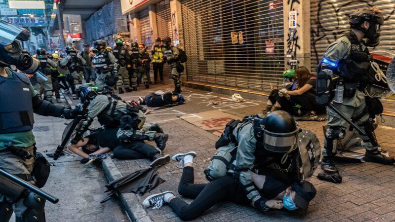 港警拘6千余人 射各类弹种4万枚 0警受罚