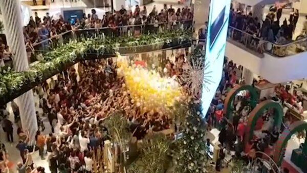 聖誕促銷搶氣球禮券 澳洲賣場釀10餘傷