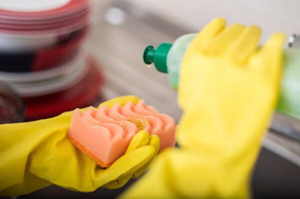 洗碗精、沐浴乳能加水稀释吗?医师:1种情况千万别(组图)