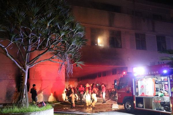 台南玉井住宅火警7死 男嫌疑入住被拒縱火