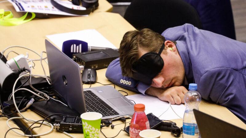 壓力大睡不著 4種症狀應就醫