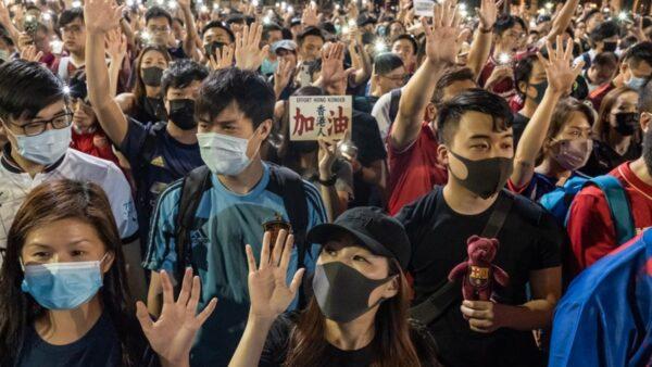 【拍案驚奇】抗爭6個月 港人因何撐到今?香港警察給本節目留言
