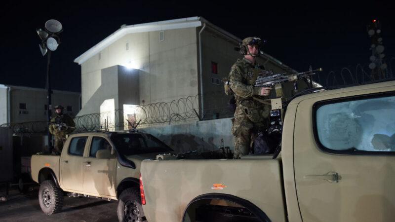 阿富汗美軍基地外遭汽車炸彈襲擊 釀1死60傷