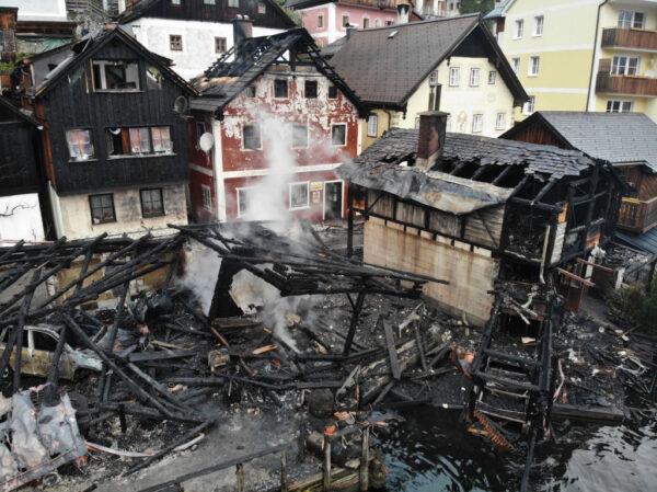 奧地利世遺小鎮驚傳火警 4屋燒毀1重傷