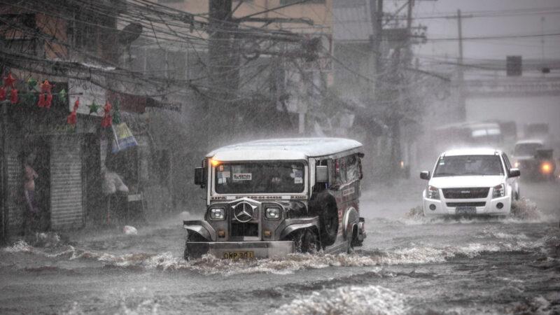 颱風北冕登陸菲律賓 釀10死逾34萬人撤離