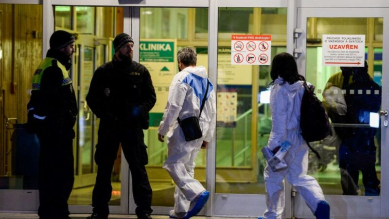 捷克医院枪击案6人被杀  嫌犯自戕身亡