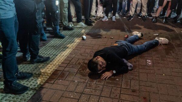 2男躲港警追捕坠楼 16岁少年:我不想被消失呀