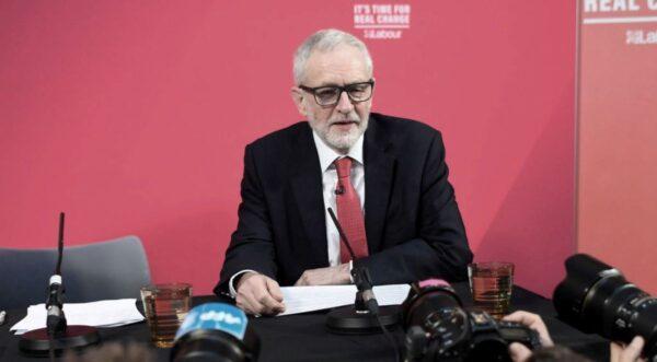 工党曝光机密文件 指首相误导选民 约翰逊否认