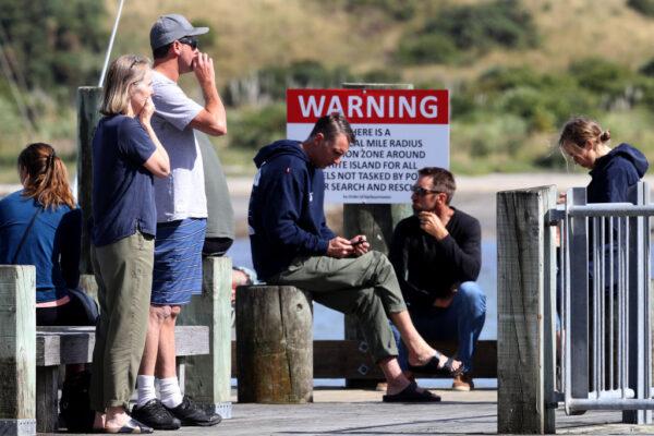 新西兰火山爆发 死伤者来自7国公民包括中国人