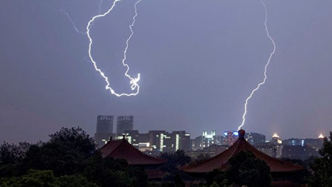海風:中共政權即將崩潰的十大預兆