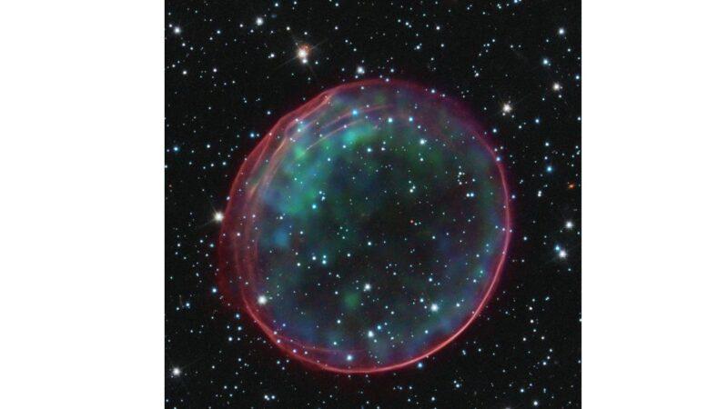 新研究:暗能量理論基點假設有誤