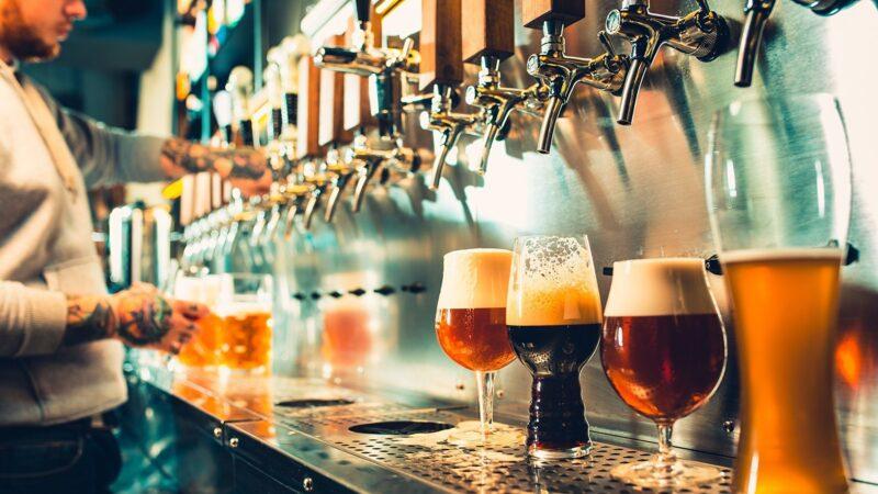 新研究找到让啤酒泡沫经久不破的秘密