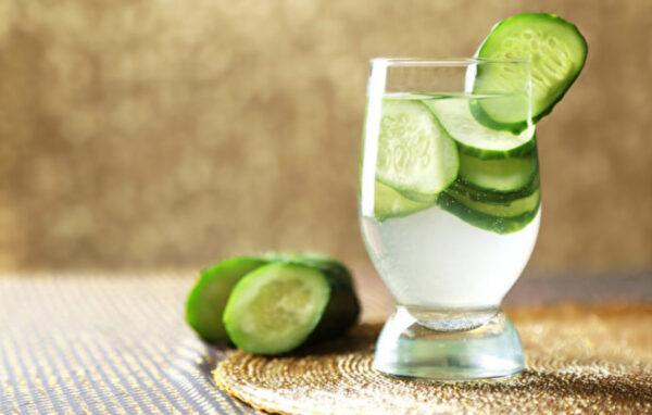 補水護膚喝這杯!黃瓜水對身體有7大好處(組圖)