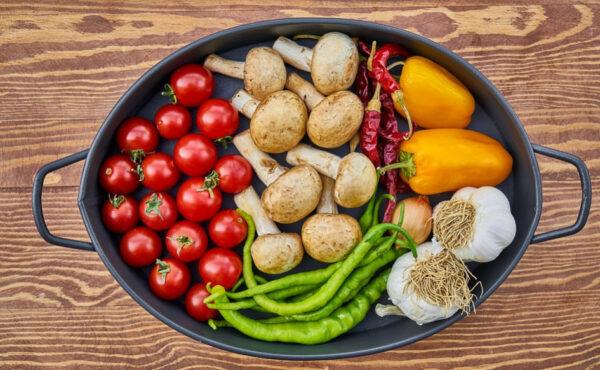 研究:少这样吃饭 延缓衰老 可能多活20年(组图)
