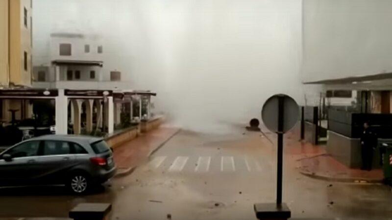 冬季风暴侵袭西班牙滨海小镇 酿7死4失踪