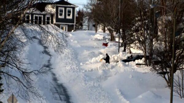 狂暴大雪 加拿大纽芬兰降雪76.2公分破纪录