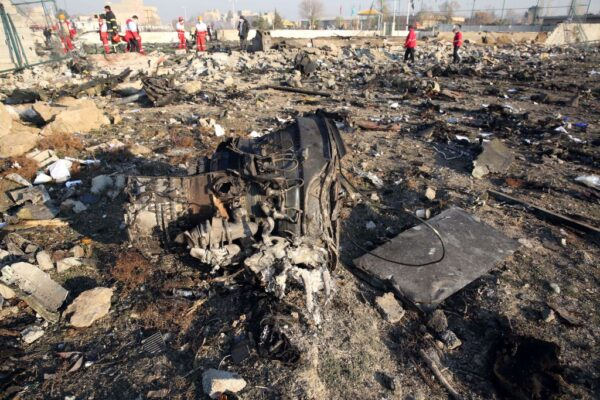 乌克兰客机坠毁 138名乘客预定飞往加拿大