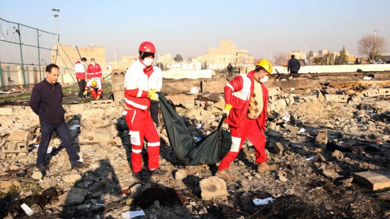 乌客机坠毁忧MH17翻版 乌克兰:调查不排除攻击